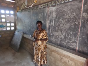 De onderwijzer die door de staat wordt betaald